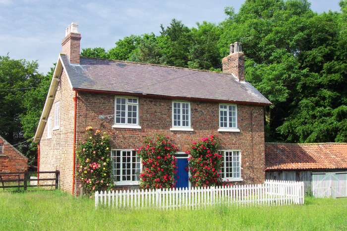 Holme Wold Farm Cottage Family Friendly